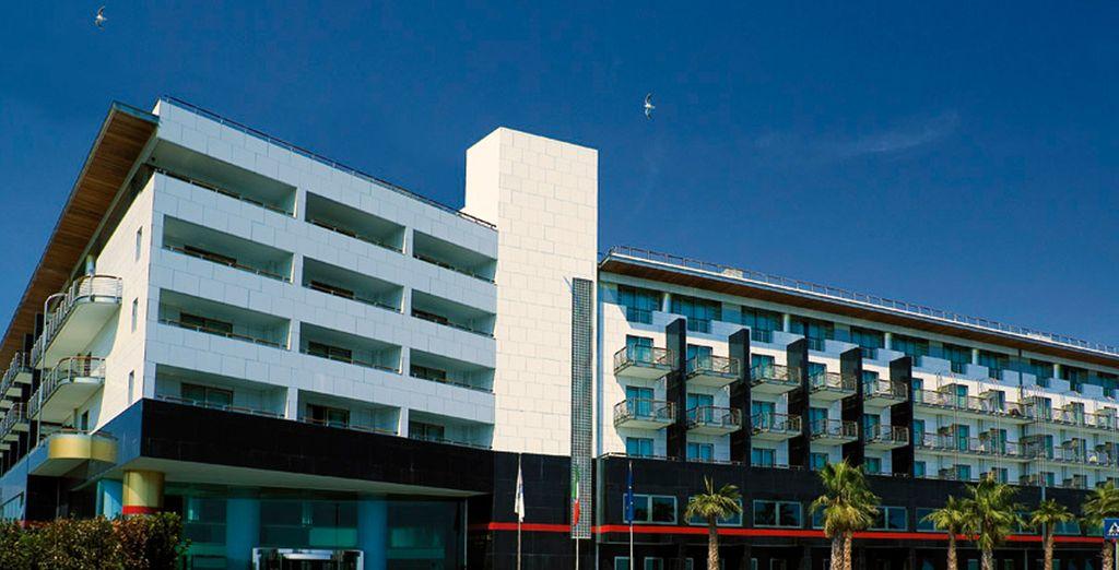Grand Hotel Salerno 4*, Salerno