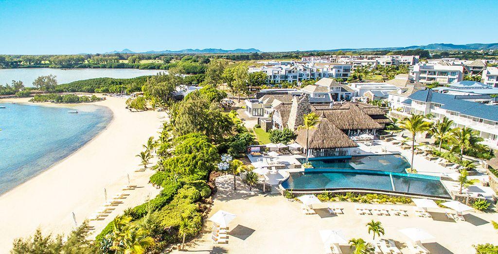 Disfruta de Mauricio en Radisson Blu Azuri Resort & Spa 5*