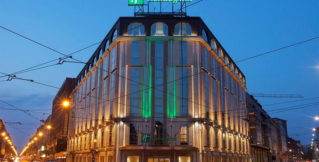 Durante tu estancia en Milán te alojarás en el hotel Holiday Inn Milan - Garibaldi 4*