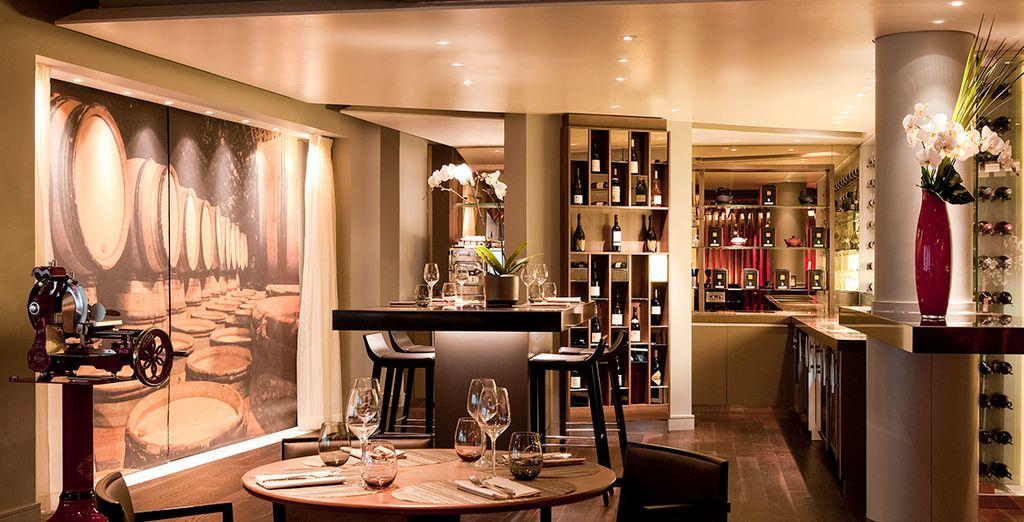 Un elegante restaurante te espera