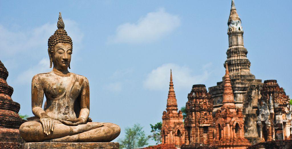 El Parque Histórico de Sukhothai, la primera capital de Tailandia