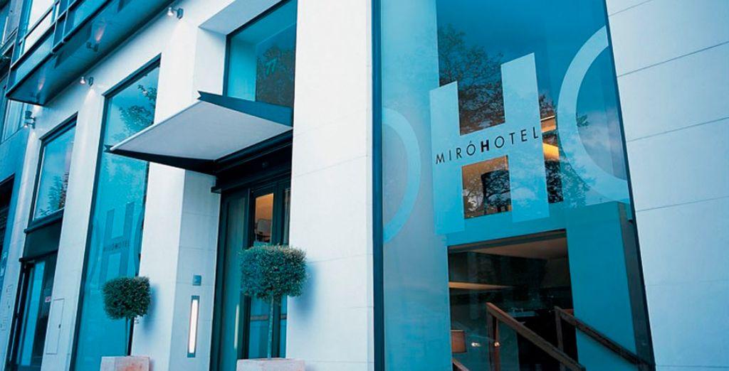 Te alojarás en el Hotel Miró 4*