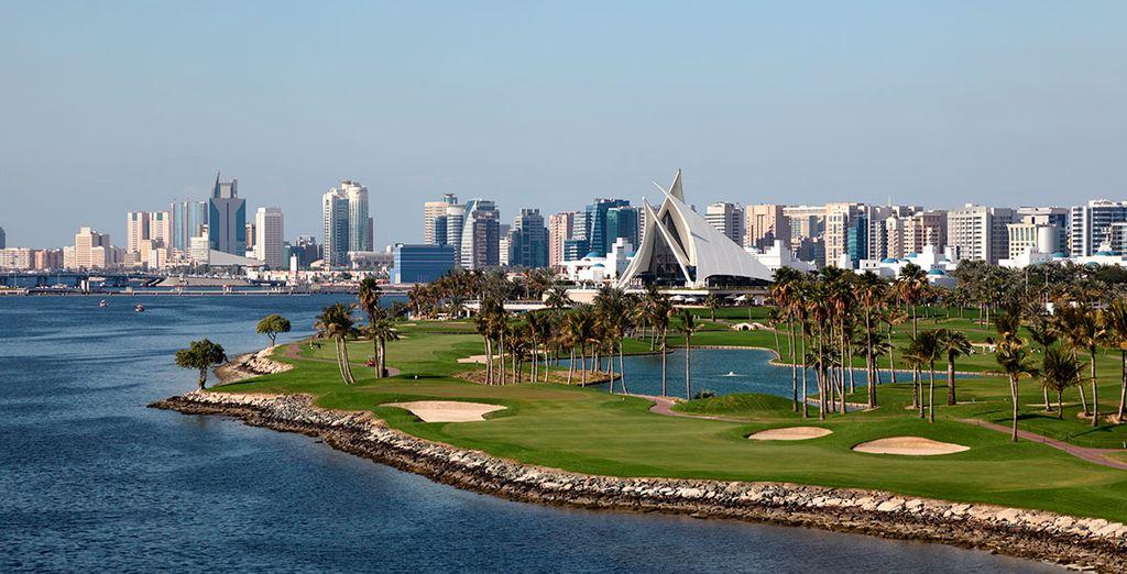 ... y refrescantes espacios como Dubai Creek