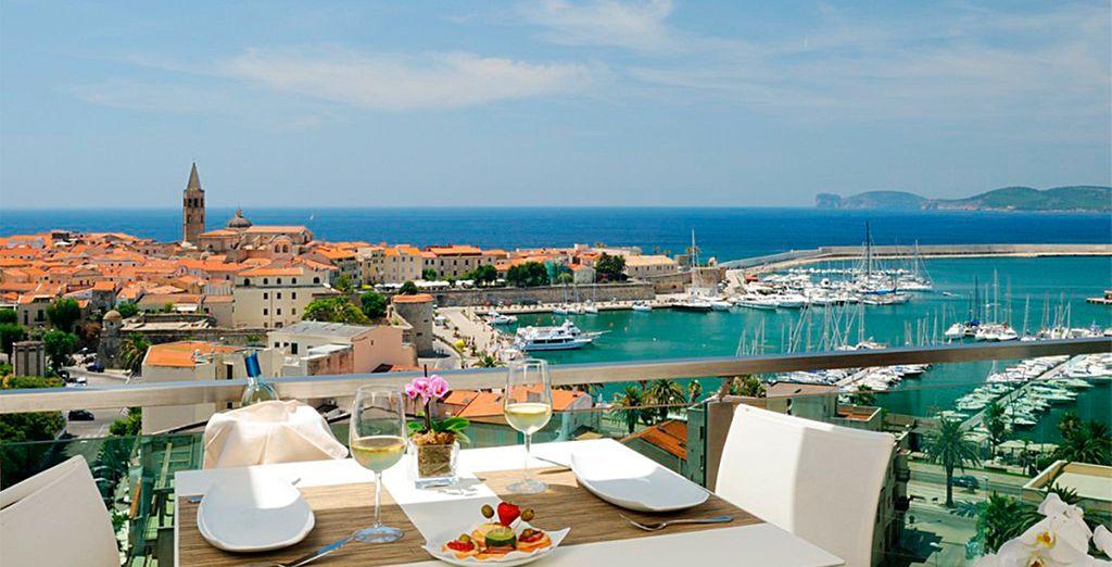 Hotel Catalunya 4* te ofrece unas vistas espectaculares de Alghero desde la terraza