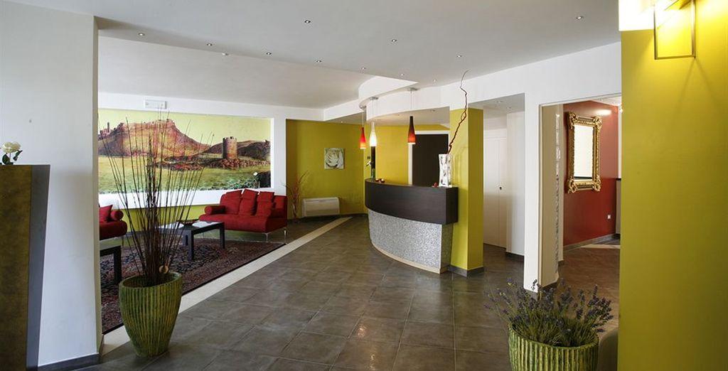 Un hotel que le ofrece todas las comodidades para una estancia perfecta en Cerdeña