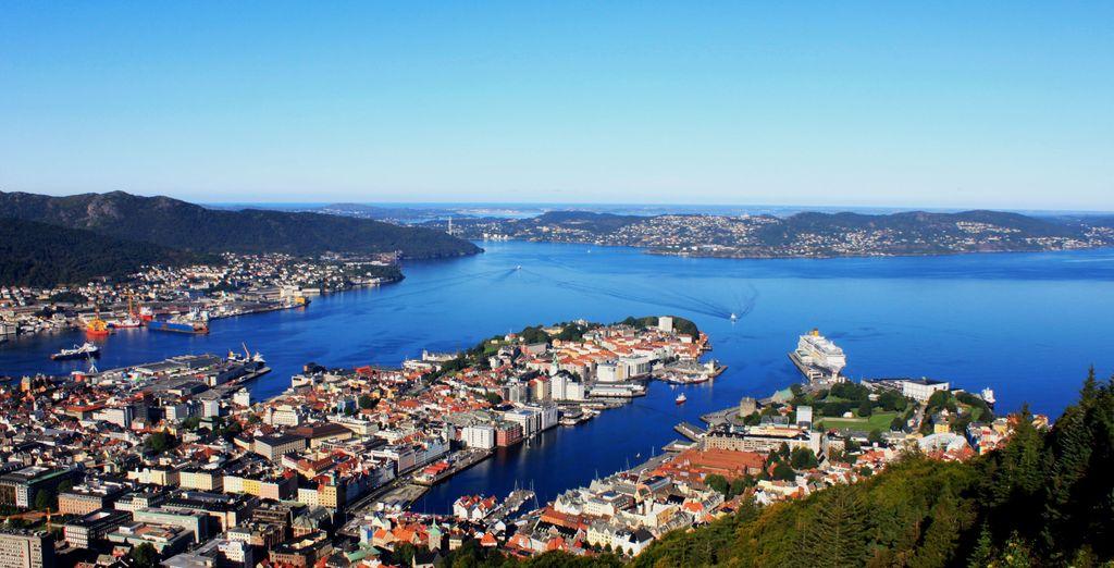 Conocerás la ciudad costera de Bergen, la segunda más grande del país