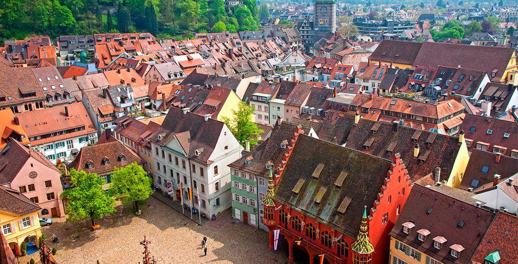 Te encantará descubrir su pintoresco centro histórico del siglo XVII