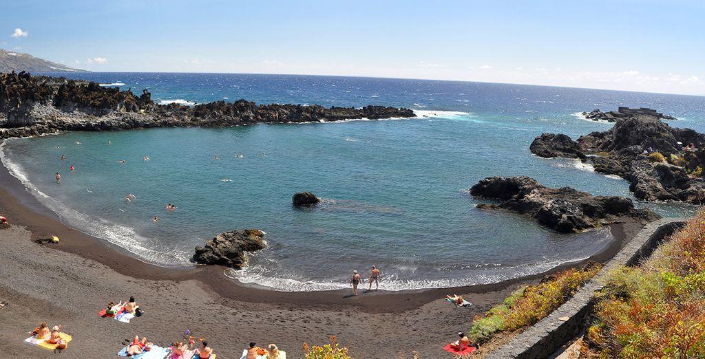 Tómate un baño en sus hermosas playas