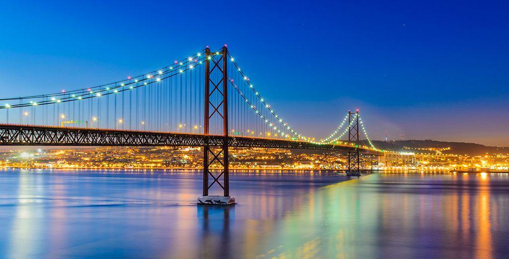 ... sus monumentos, por sus puentes y sus barrios