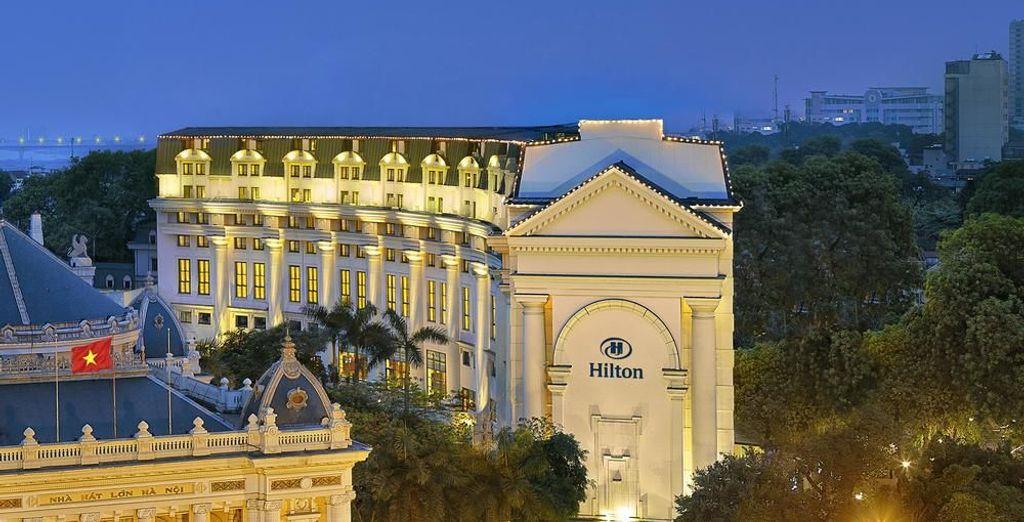 Tu opción de 5* será en el Hilton Hanoi Opera 5*
