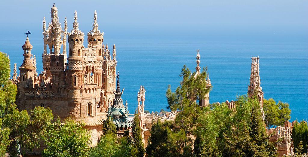 Visita el castillo de Colomares y sus jardines