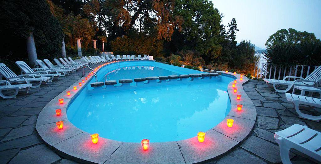 Relájate en la piscina durante los meses de verano