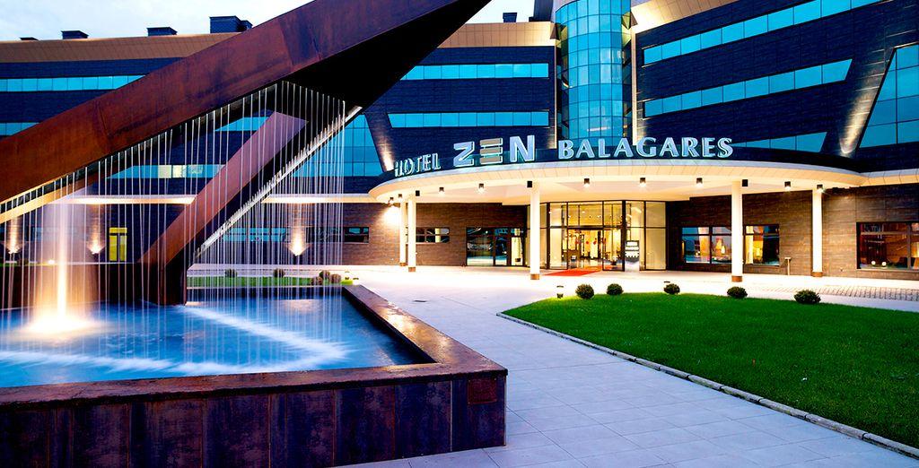 Con un moderno y sofisticado diseño - URH Hotel Spa Zen Balagares 4* Corvera de Asturias