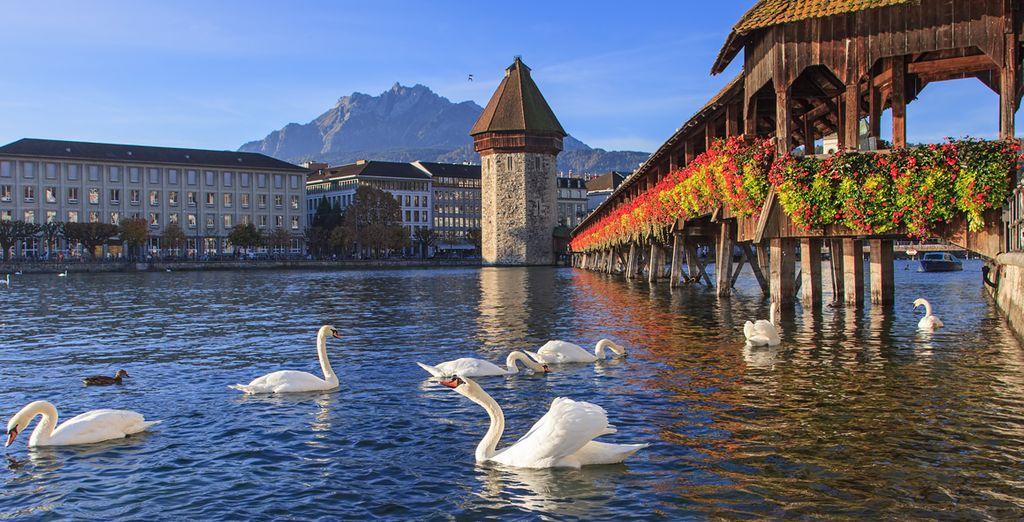 La imagen de la ciudad de Lucerna es caracterizada por el puente medieval Kapellbrück