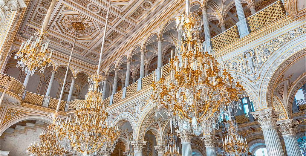 El tercer día visitarás el Museo del Hermitage, uno de los más grandes del mundo