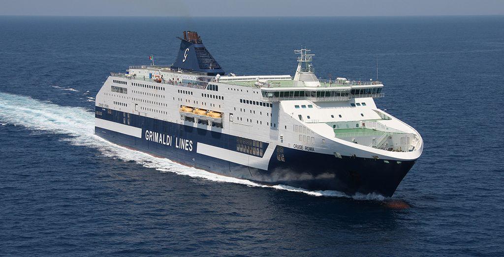 Grimaldi en todo su esplendor navegando rumbo a Cerdeña