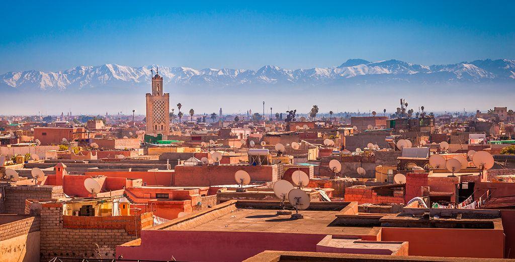 La Cordillera del Atlas custodia la ciudad