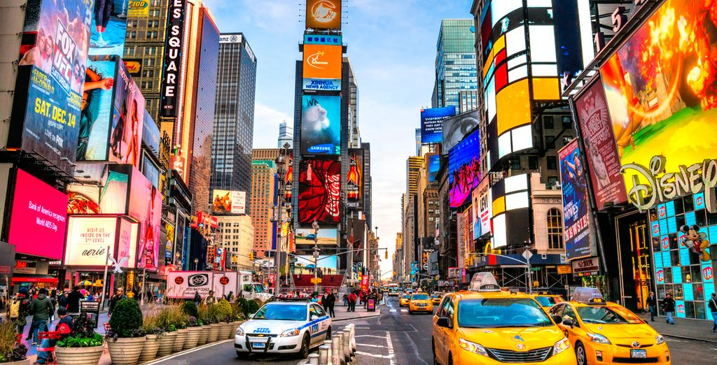 Bienvenido a Cassa Hotel 45th Street New York 4*, a 5 min a pie de Times Square