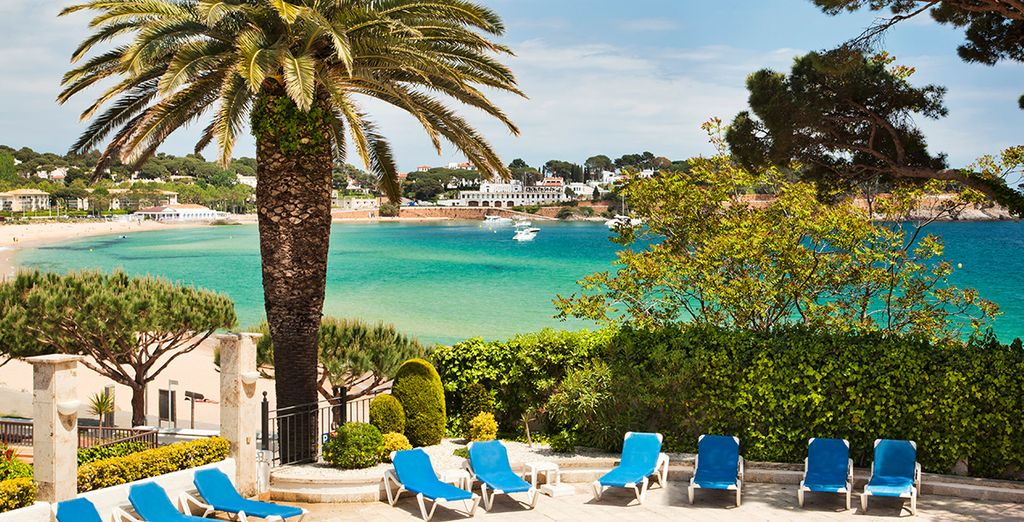 Disfruta de tus vacaciones en el Ilunion Caleta Park 4*