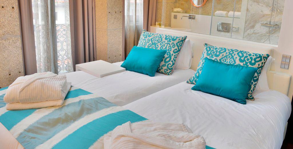 Descansa en tu habitación con balcón