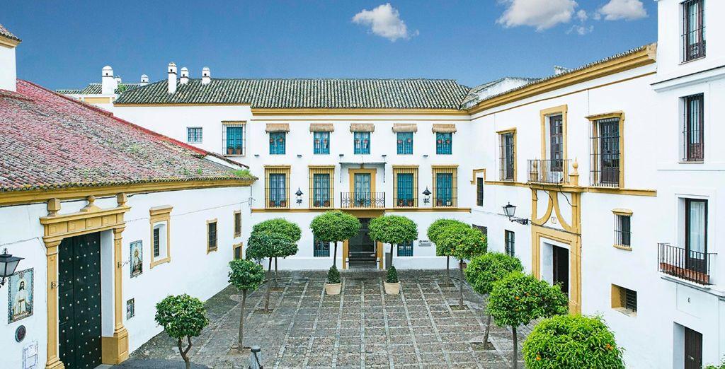 Hotel hospes las casas del rey de baeza 4 voyage priv for Casa andaluza