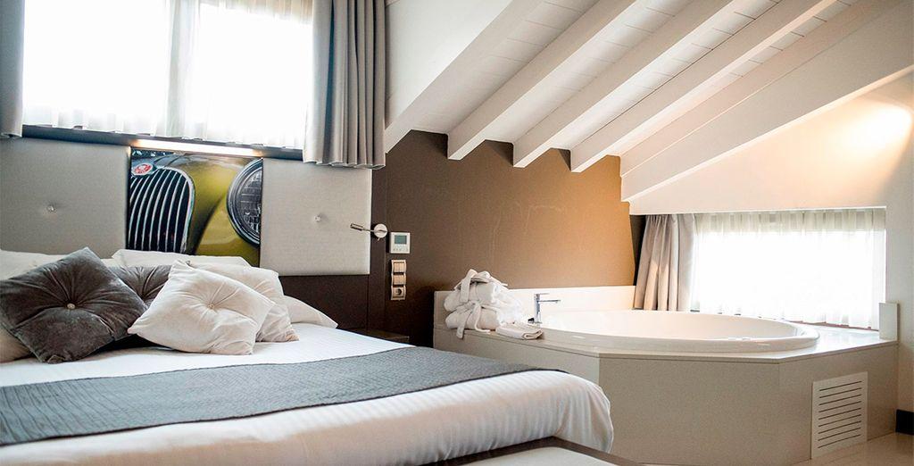 Puedes elegir una fantástica habitación con jacuzzi