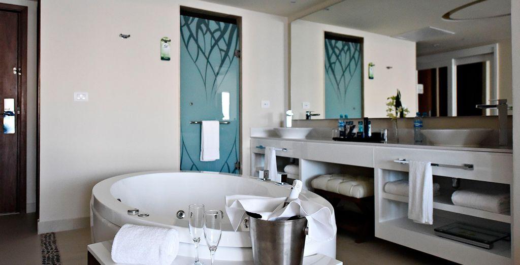Baños con todo lo necesario para una estancia perfecta