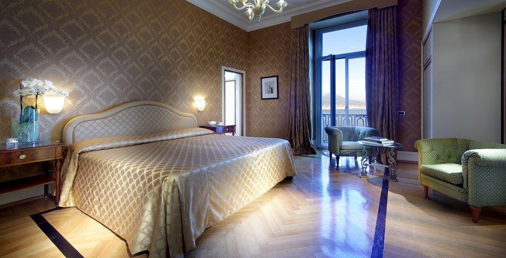 Y en una habitación Deluxe con vistas al mar
