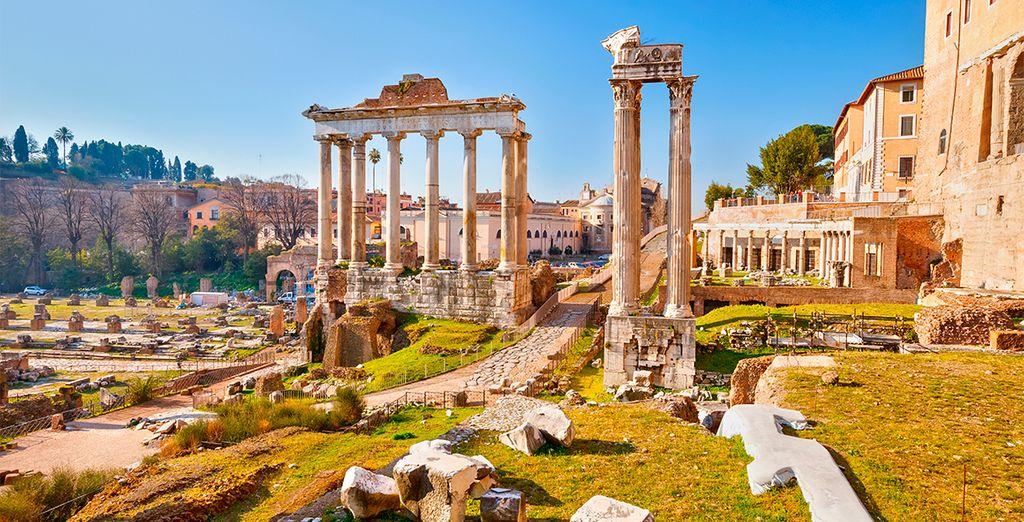 Descubre la Antigua Roma paseando por el Foro romano