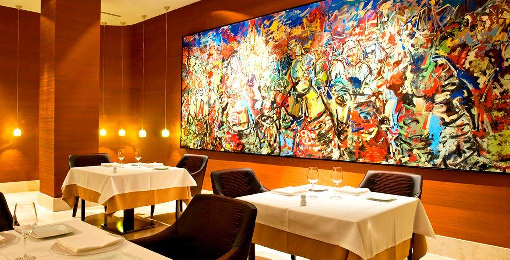 Degusta una amplia variedad de platos en el restaurante El Espartal