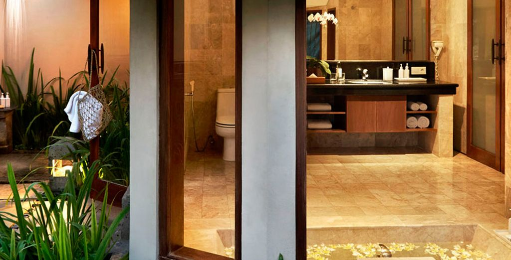 Equipada con un moderno y lujoso baño