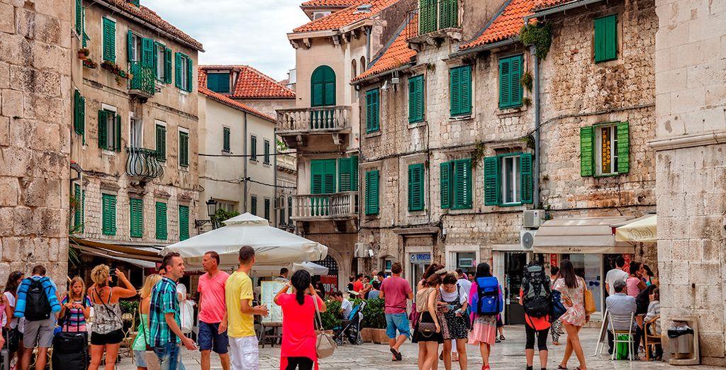 Callejea por la ciudad de Split...