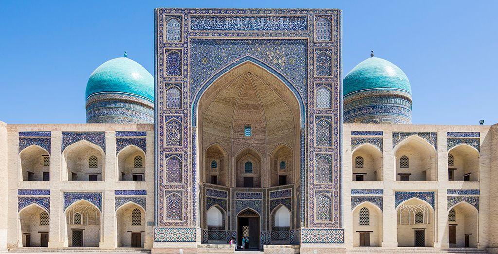 La Madrasa Mir-i-Arab será una de las visitas más impresionantes
