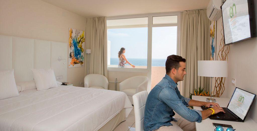 O una habitación con vistas al mar