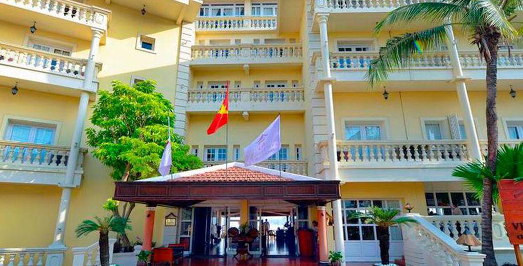 Descansa en el Hotel Victoria 4* en Chau Doc