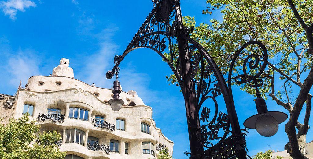 Descubre la ciudad Condal y su bella arquitectura marca de Antoni Gaudí