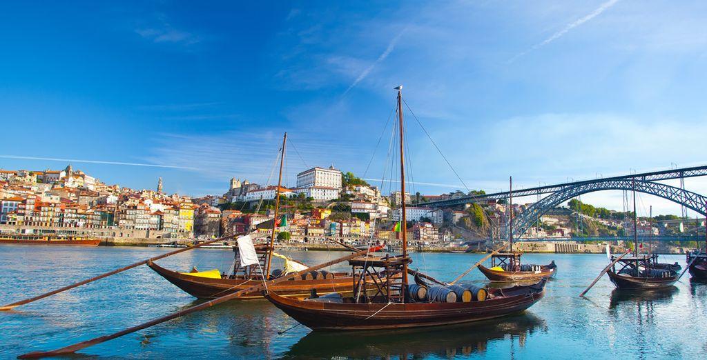 Una ciudad a orillas del río Duero
