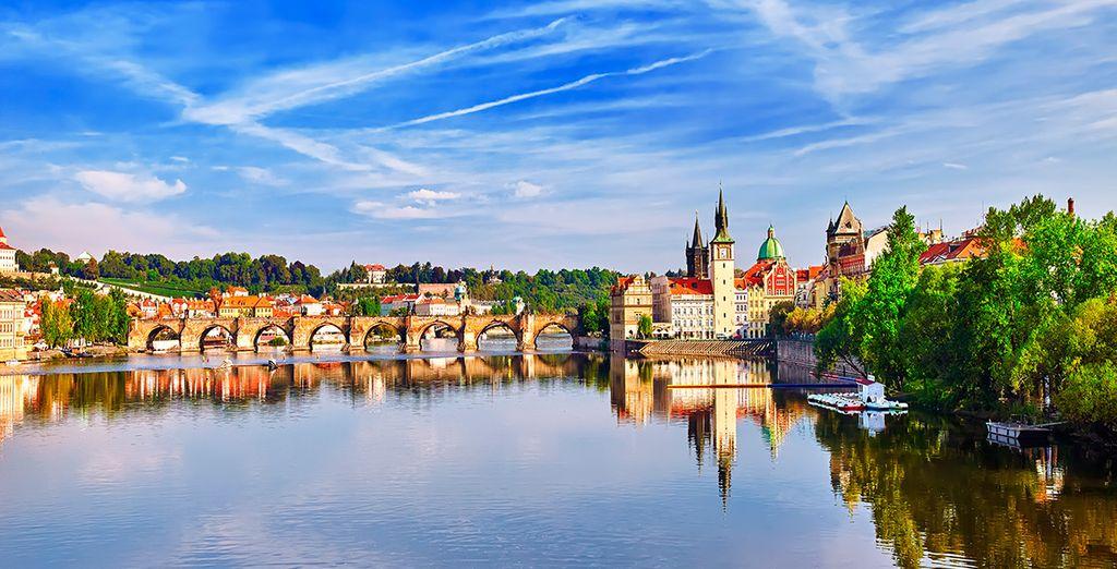 Visita la emblemática Praga y descansa en el K+K Hotel Fenix 4*