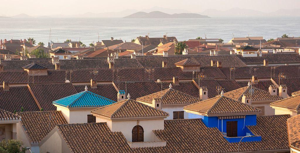 Disfruta de Los Alcázares, localidad tranquila a orillas del mar