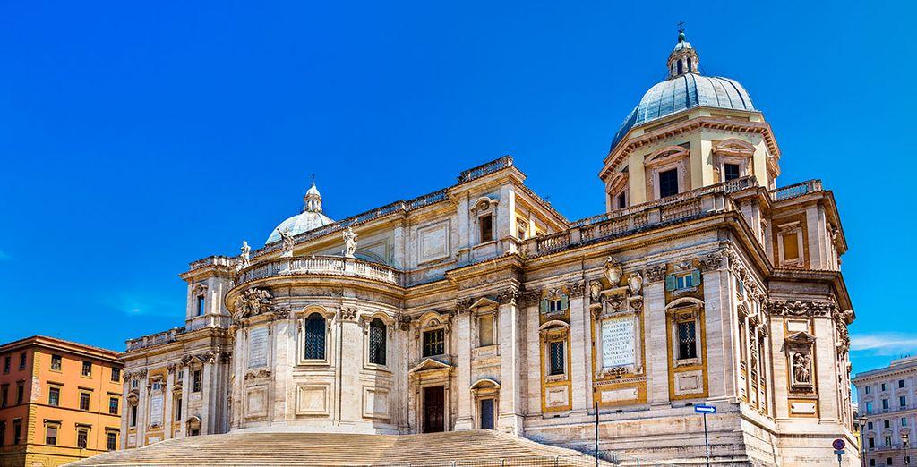 La cercana basílica de Santa Maria Maggiore