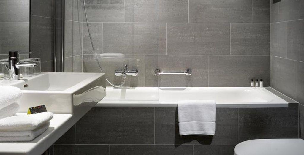Con baño completo y moderno