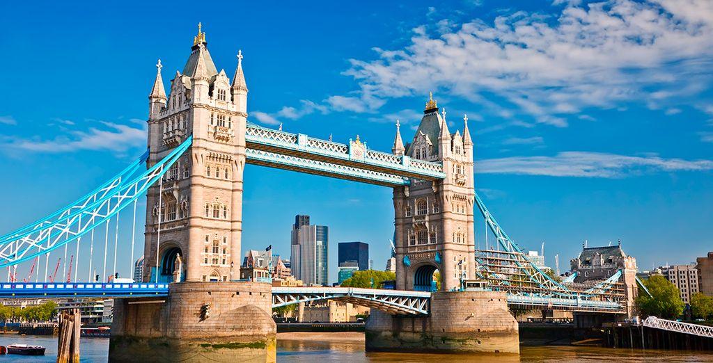 ... Hasta el impresionante Tower Bridge
