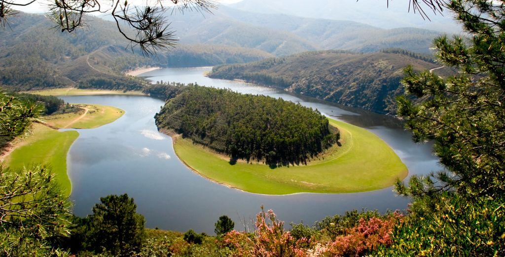 El Meandro del Melero en su paso por el Parque Natural