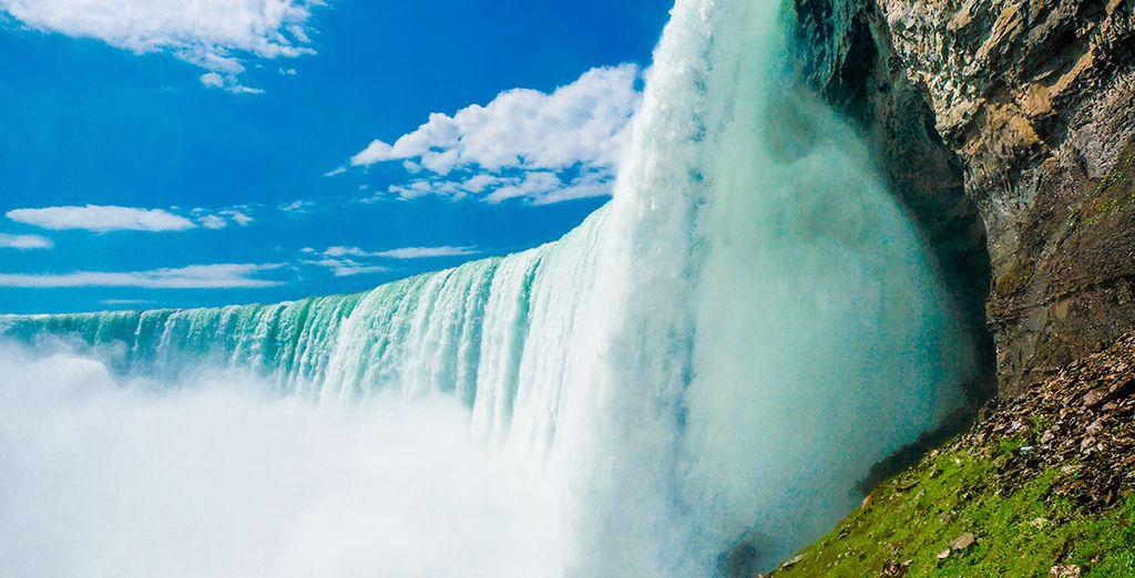¡Y termina tu viaje por todo lo alto visitando las cataratas del Niágara!