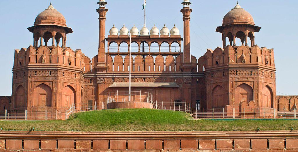 Acércate a conocer el Fuerte Rojo de Delhi