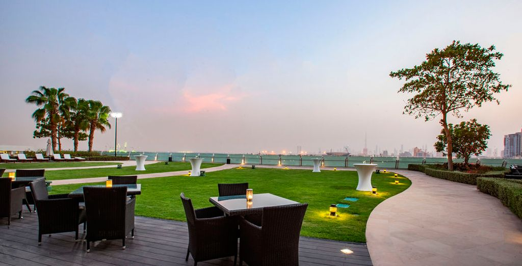 Con incomparables vistas al horizonte de Dubái