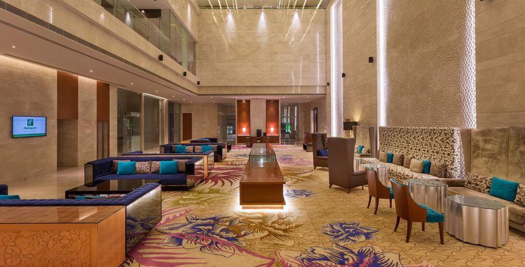 Holiday Inn City Center 5*, Jaipur