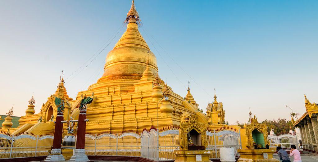 El templo Kuthodaw Pagoda, no le dejará indiferente