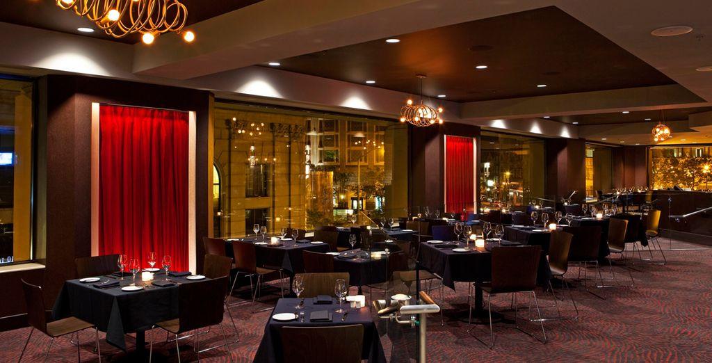 Tome algo en el Restaurante del hotel