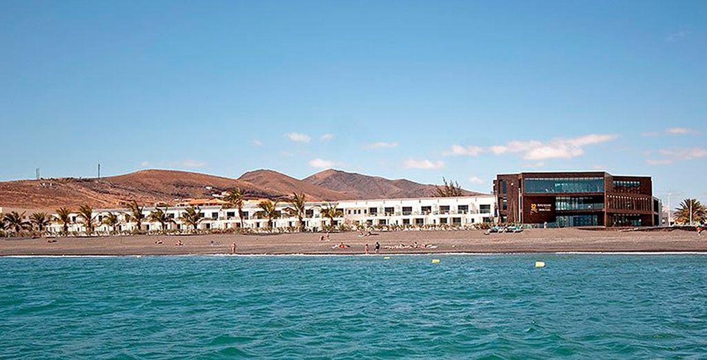 R2 Romantic Fantasia Suites Design Hotel & Spa 4* se encuentra en un entorno privilegiado